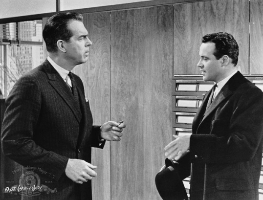 © Metro-Goldwyn-Mayer Studios Inc. All Rights Reserved. Titles: The Apartment Names: Jack Lemmon, Fred MacMurray Characters: Jeff D. Sheldrake Still of Jack Lemmon and Fred MacMurray in The Apartment